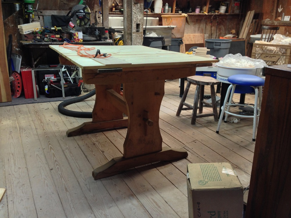 Handbuilding table